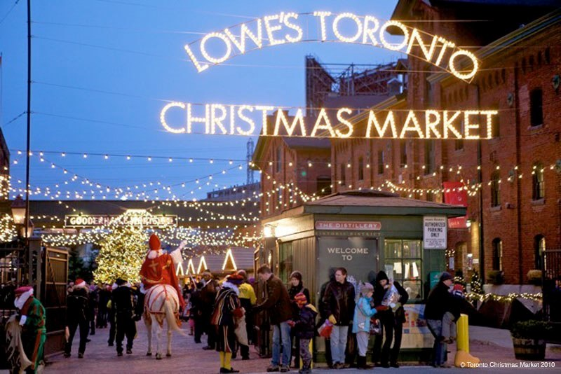 Toronto Christmas Market, front gate by Jamie leigh TO